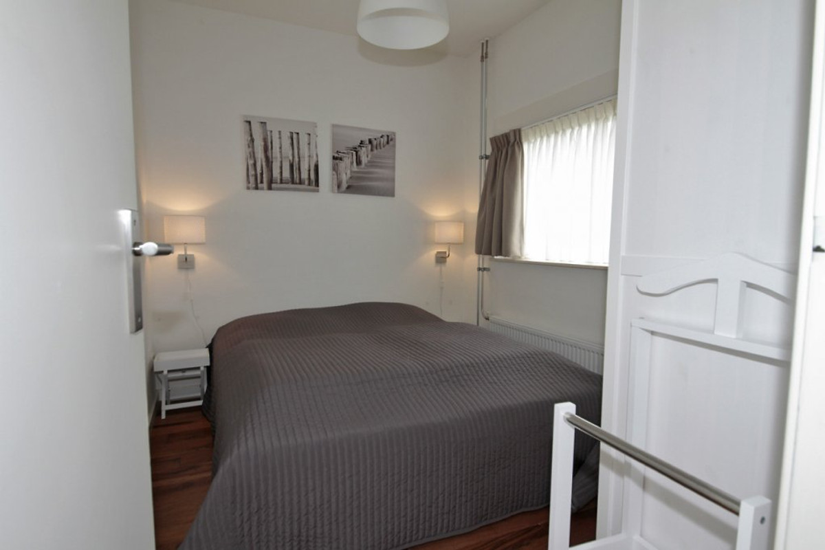 ferienhaus zandloper dopheide 11 ferienhaus in julianadorp aan zee mieten. Black Bedroom Furniture Sets. Home Design Ideas