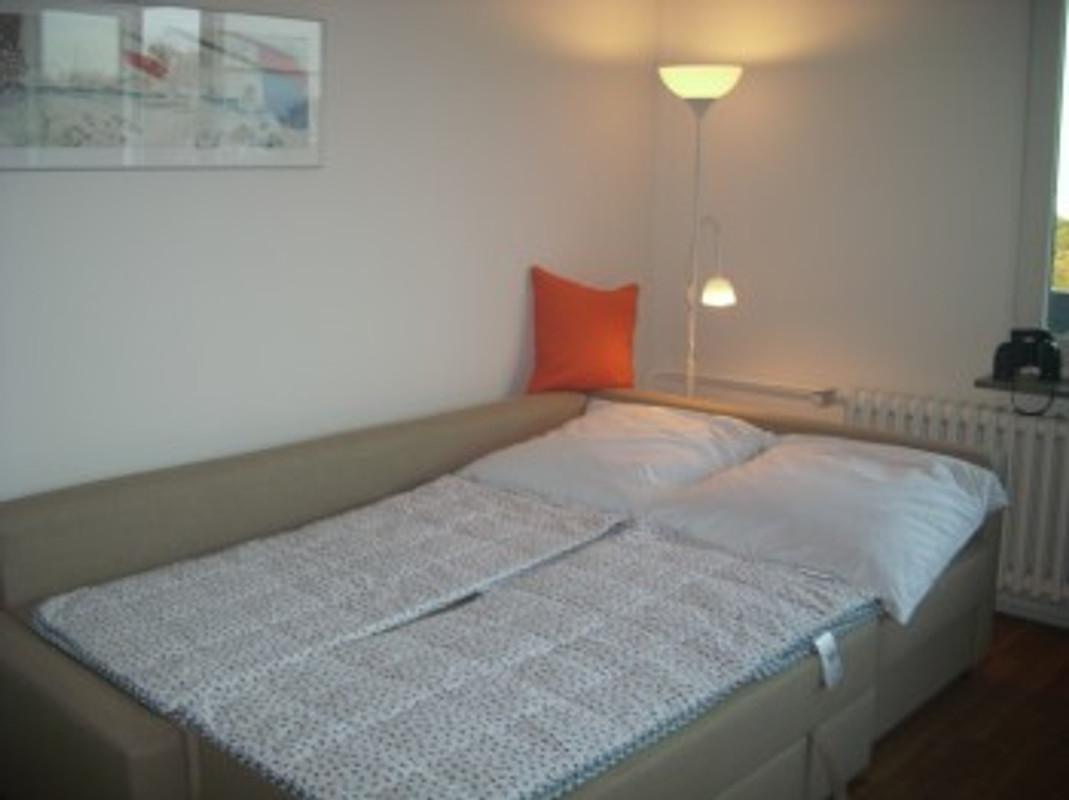 F rdeblick schilksee ferienwohnung in kiel schilksee mieten for Schlafcouch ausziehbar