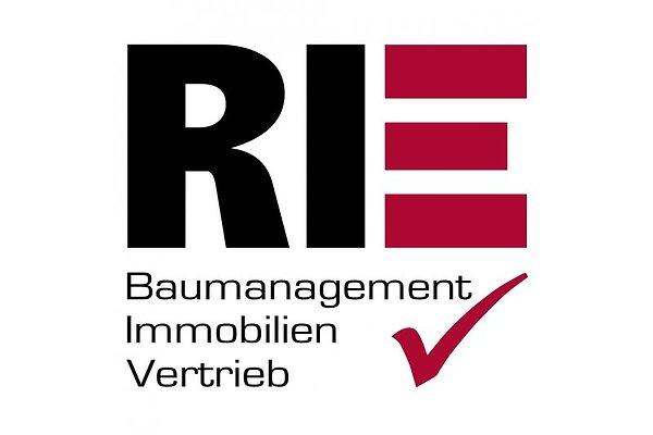 Herr R. Rie