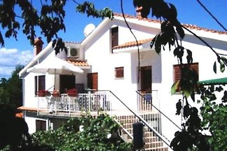 Apartments Malenica, Njivice, Krk