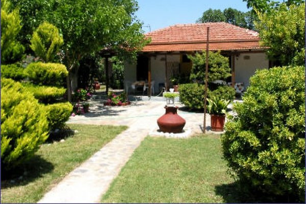 Garden Bungalows à Xinovrisi - Image 1