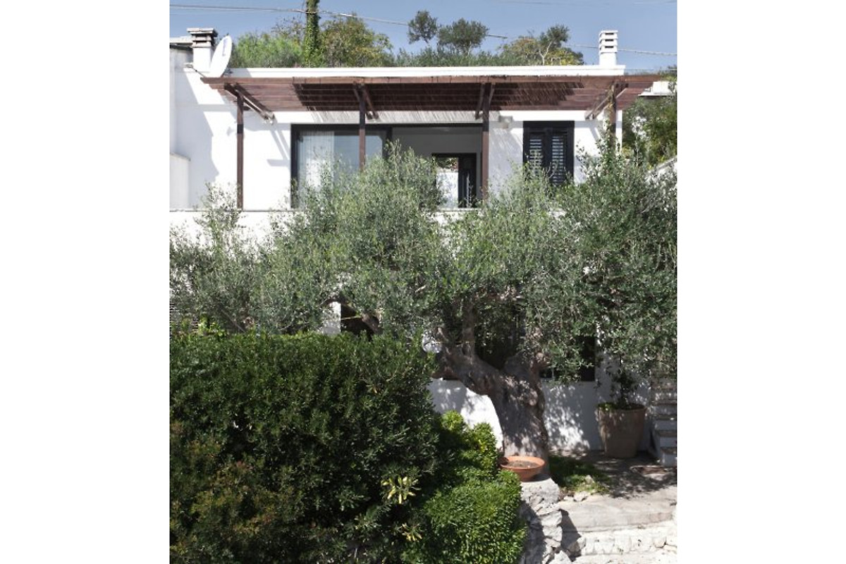 Cottage villa marcella casa vacanze in castro marina for Piani casa bungalow piccolo artigiano