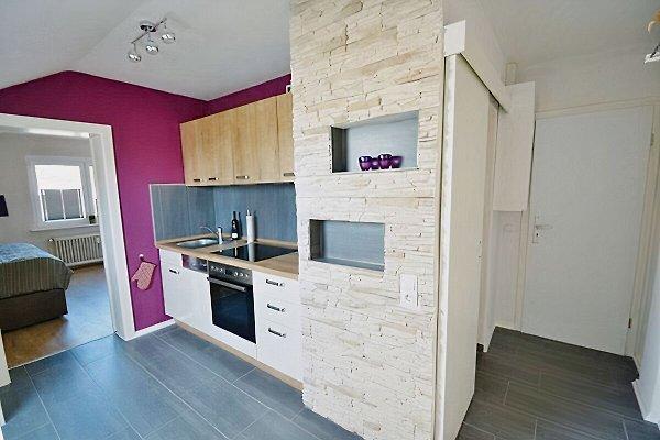 Küchenzeile mit Spühlmaschine