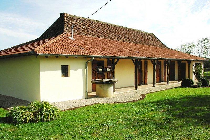 Maison Escargot Ste-Croix-Louhans à Sainte Croix - Image 2