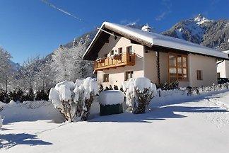 neue FEWO Tiroler Lechtal-Bergblick