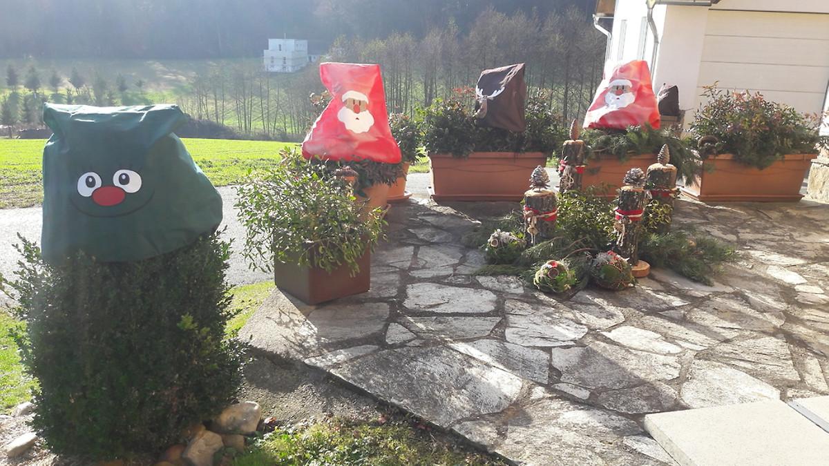 Haus planetz ferienhaus in kaindorf mieten for Weihnachtsdeko terrasse