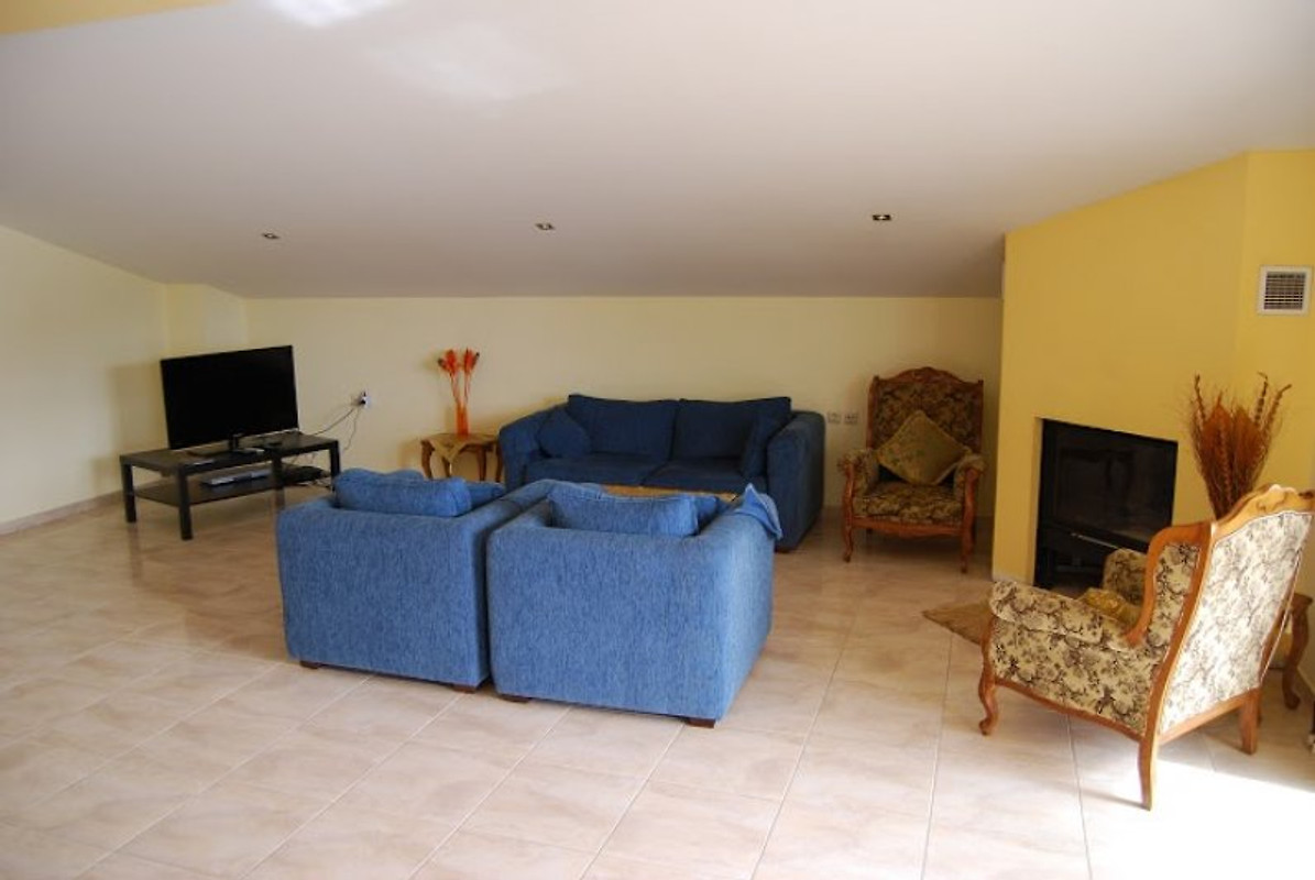 villa nikolas ferienwohnung in plataria mieten. Black Bedroom Furniture Sets. Home Design Ideas