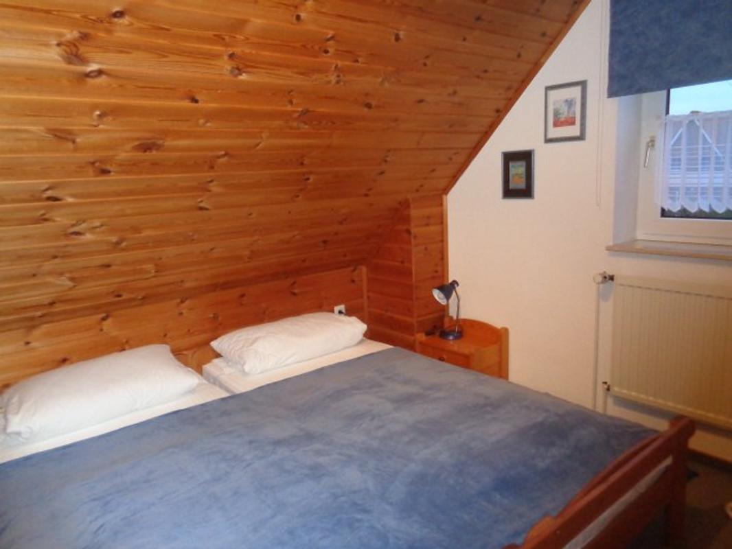 Haus gesa in hooksiel erholung pur ferienhaus in hooksiel mieten - Blaues schlafzimmer ...