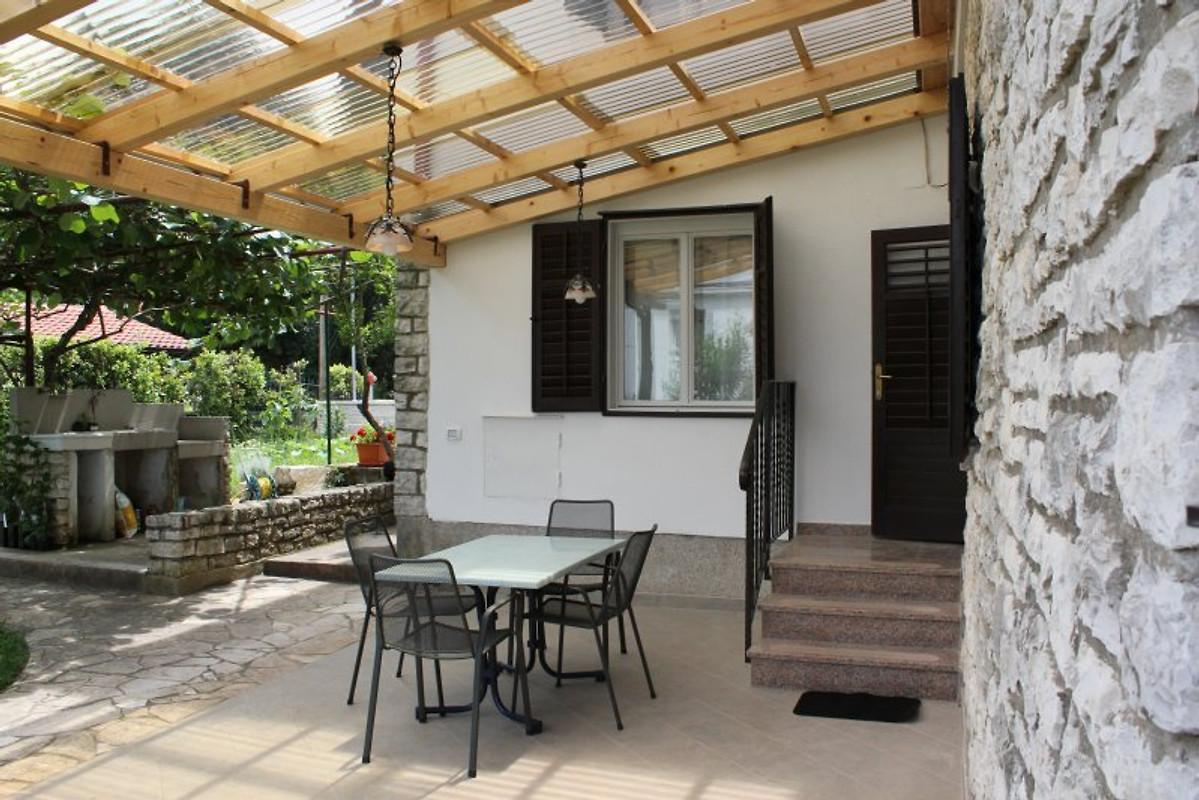 silvestra ferienwohnung kiwi ferienwohnung in rovinj. Black Bedroom Furniture Sets. Home Design Ideas