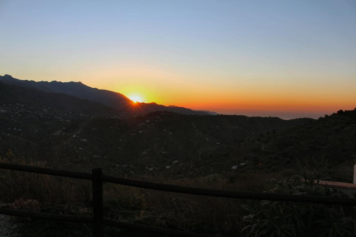El Escalador (el-escalador. Com) - Holiday home in Cómpeta