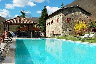 Maison de vacances avec piscine en Garfagnana