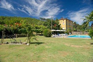 Villa con piscina en Lucca