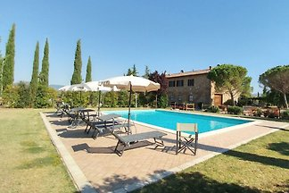 Farmhouse with private pool 8+2beds