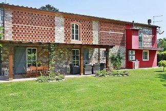 Landhaus 2km Lucca mit Pool