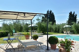 Villa in San Miniato with pool