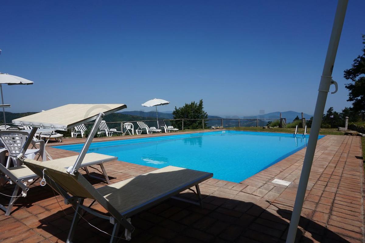 Villa con piscina privata 14 posti letto casa vacanze - Casa vacanze con piscina privata ...