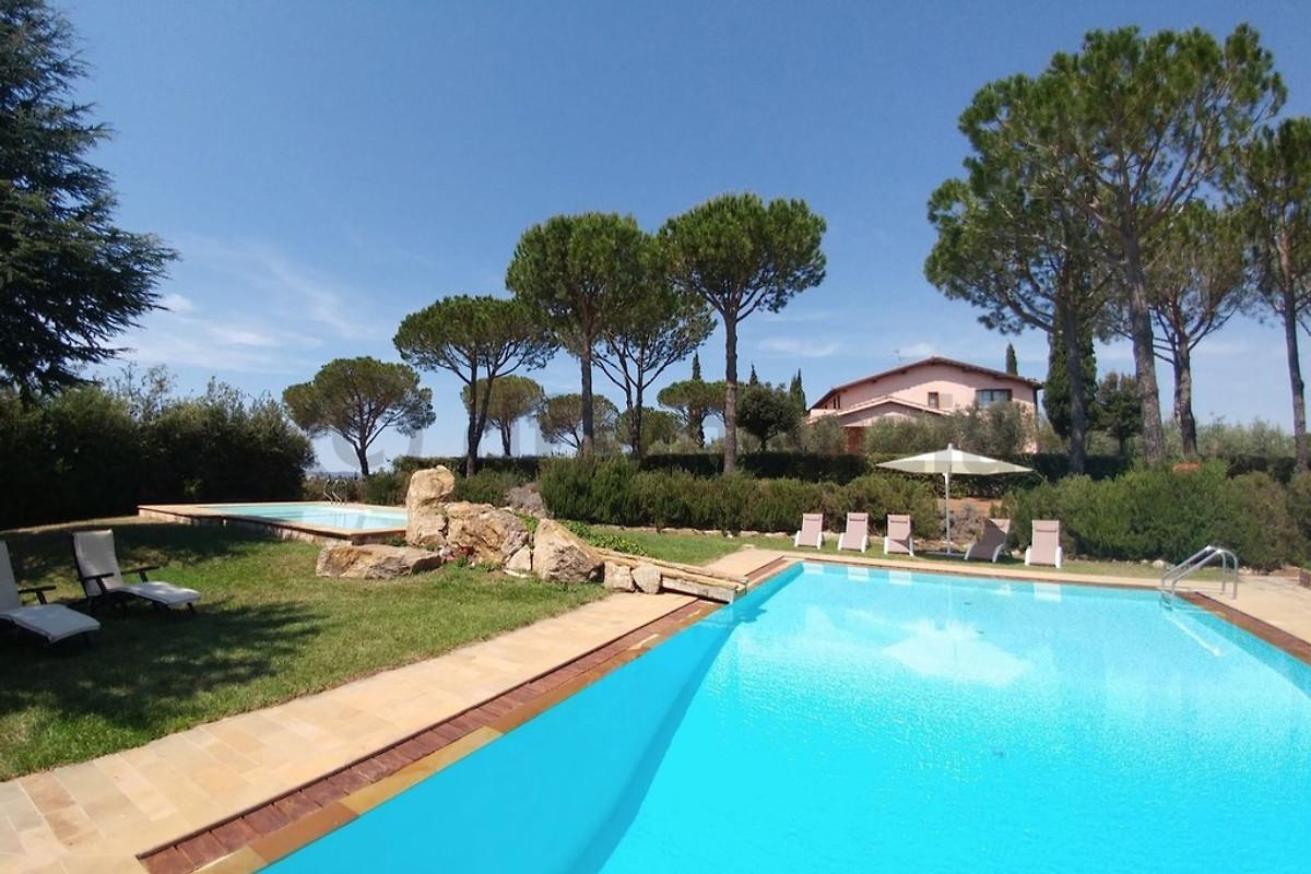 Villa Con Piscina Privata Vista Mare In Grosseto E Dintorni Azienda Df Agenzia Per Case Vacanze Sig Ra D Fischer