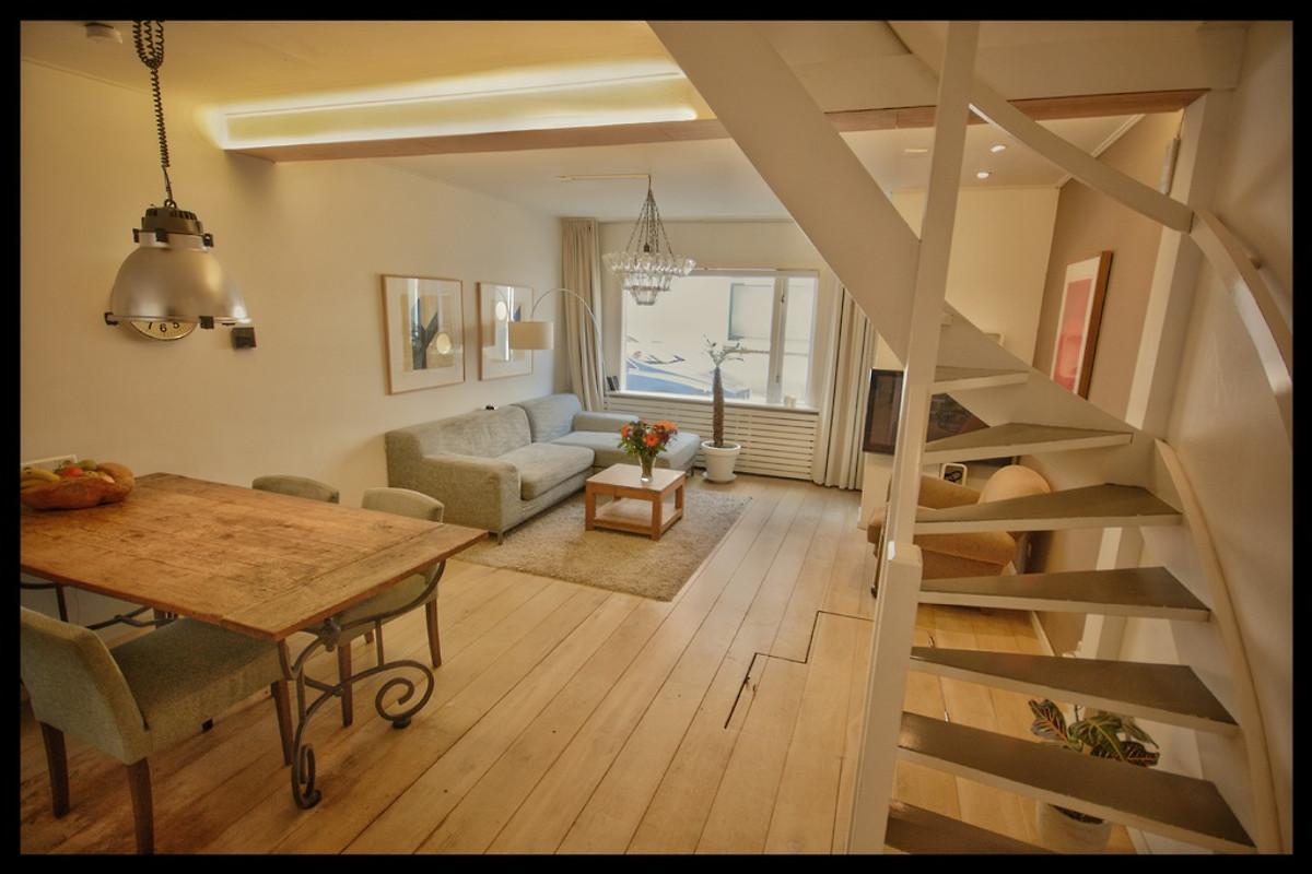 Romantica casa per le vacanze nel centro casa vacanze in for Appartamenti amsterdam vacanze