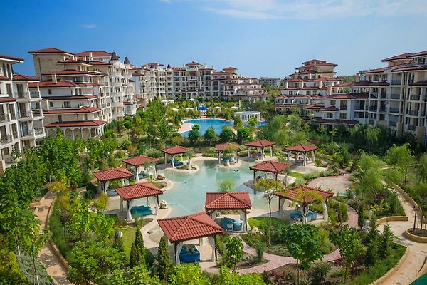 Luxury apartments near sandy beach in Nesebar - picture 1