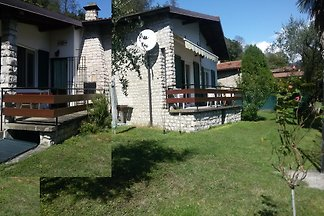 Fe home directly on Lake Iseo
