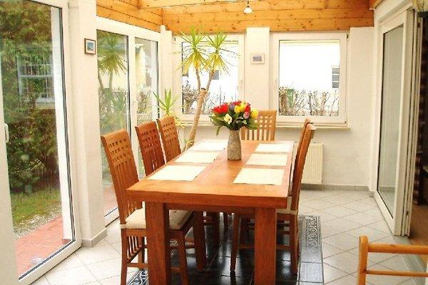 ferienhaus mit wintergarten ferienhaus in st peter ording mieten. Black Bedroom Furniture Sets. Home Design Ideas