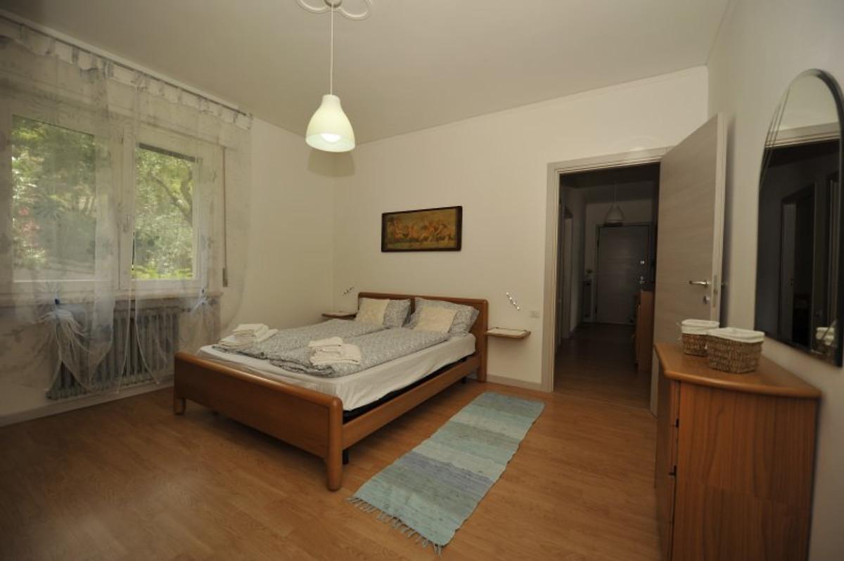 Magnifico appartamento con vista lago appartamento in - Camere da letto lago ...
