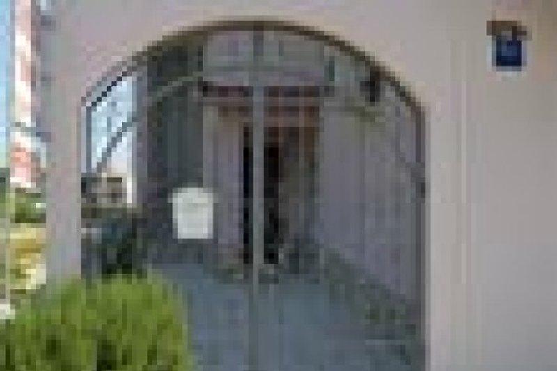 Haus Sindi :Eingang