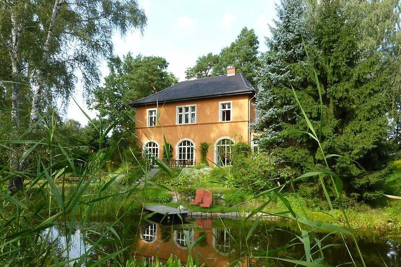 Villa am Berliner Stadtrand in Woltersdorf - Bild 2