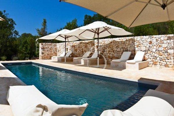 Villa Gastalena con piscina privata. in Ostuni - immagine 1