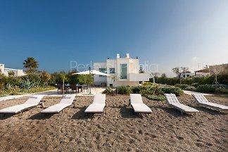 Villa de lujo frente al mar Emiele