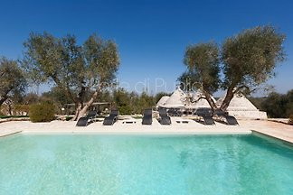 Trulli Moreschi avec piscine privée