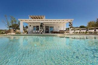 Villa Leucana con piscina privata