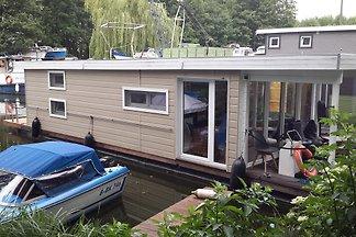 Hausboot Emster2 in Nahmitz