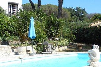 Villa Zuhause, zu Fuss zum Strand.