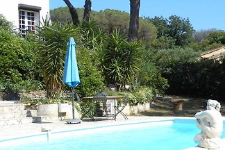 Villa Zuhause, 500m vom Strand.