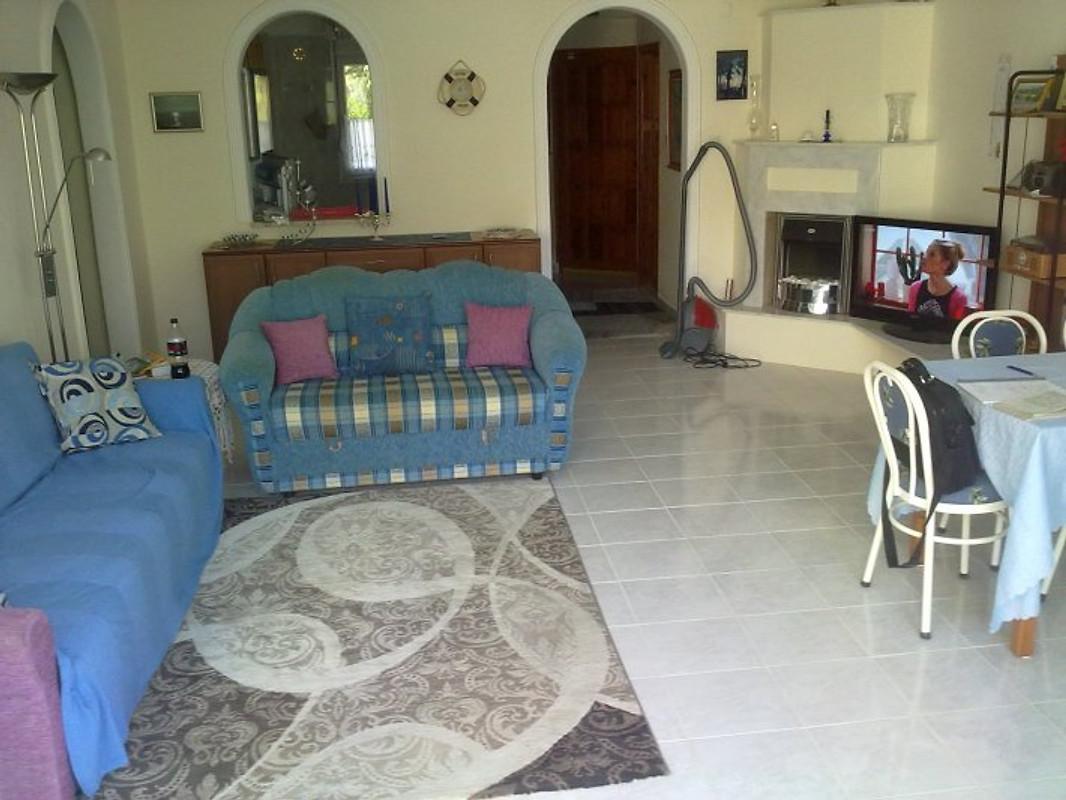 sch ne ferienwohnung in avsallar 1 ferienwohnung in avsallar mieten. Black Bedroom Furniture Sets. Home Design Ideas
