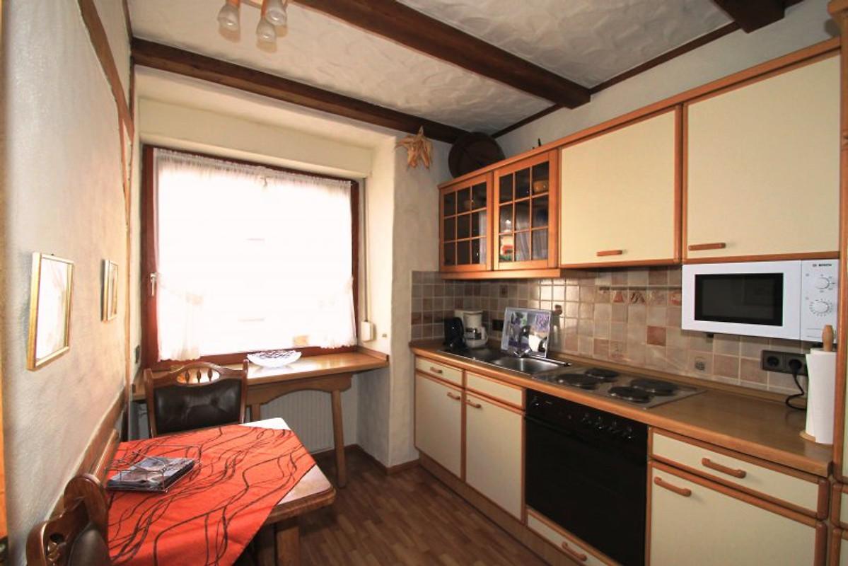 fewo mit hallenbad sauna dampfbad ferienwohnung in zell mosel mieten. Black Bedroom Furniture Sets. Home Design Ideas