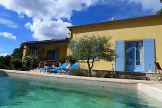 Studio mit Pool am  Mont Ventoux