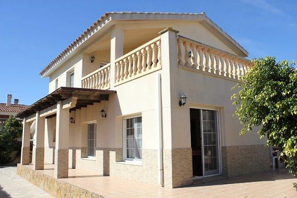 Villa Eva à Riumar - Image 1