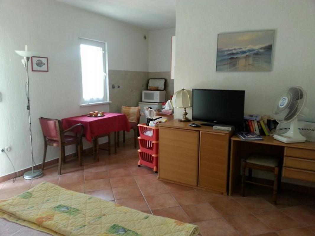 Arca di no studio oleander appartamento in kolan for Metraggio di appartamento studio