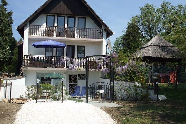 Ferienhaus am Plattensee à Zànka - Image 1