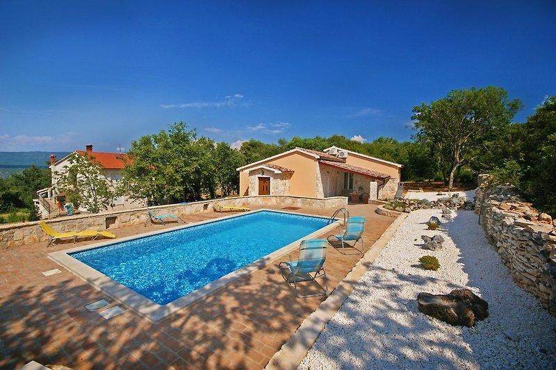 Ein romantisches Meer Villa mitten in der Natur