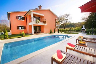 Villa Letish