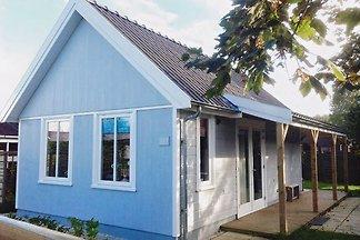 In 2015 Neu erbauten Hollandhaus mit  W-LAN. Liebevoll eingerichtet. Haustiere willkommen. Nichtraucherhaus.  Sehr gute Preis-Leistung!