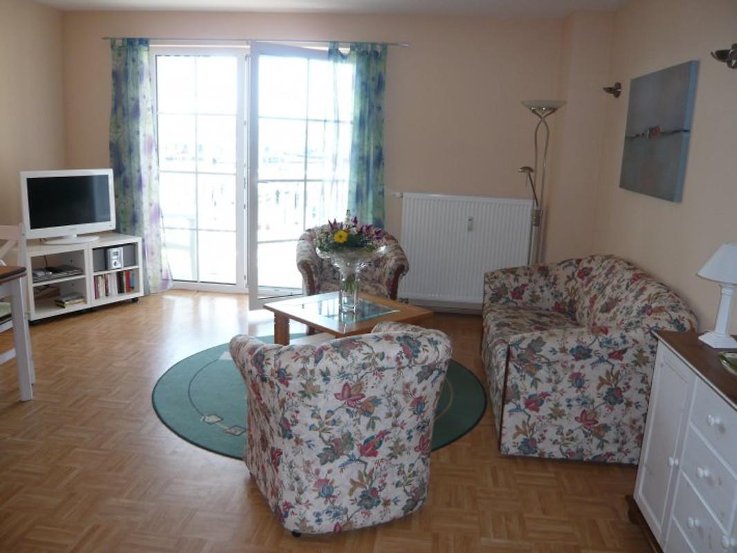 hafenblick komfort wohnung usedom in karlshagen firma tandberg ut gmbh frau pareigis. Black Bedroom Furniture Sets. Home Design Ideas