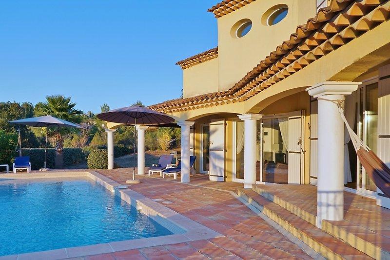 Außenbereich Villa Soleil des Adrets