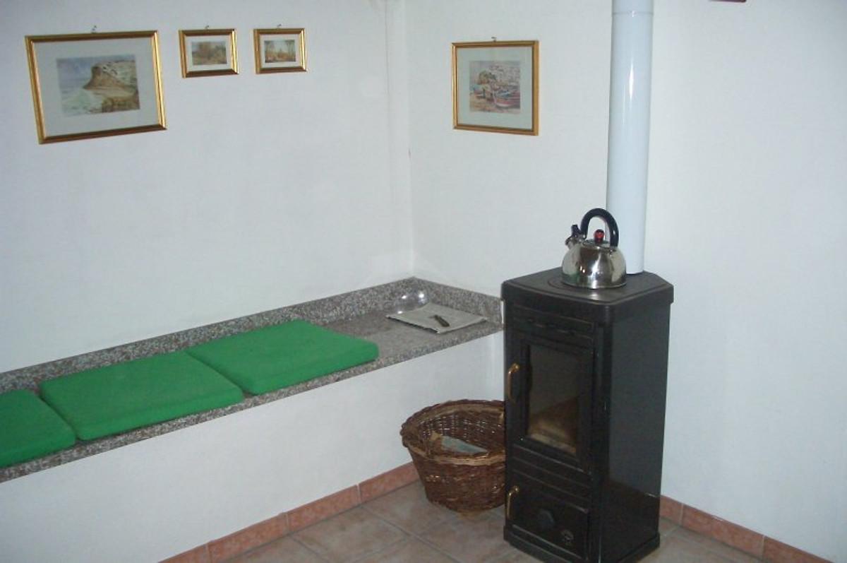 Appartement in een klein huis vakantie appartement in orco feglino huren - Een klein appartement ontwikkelen ...
