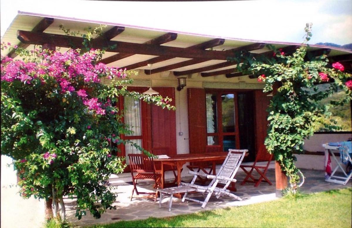 Sardinien paradies ferienhaus in san pantaleo mieten for Sardinien ferienhaus mieten
