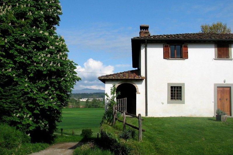 Casa Ippocastani en Bibbiena - imágen 2