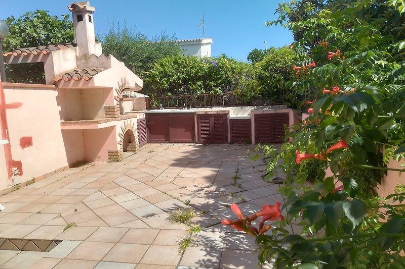 Garten und Außenküche